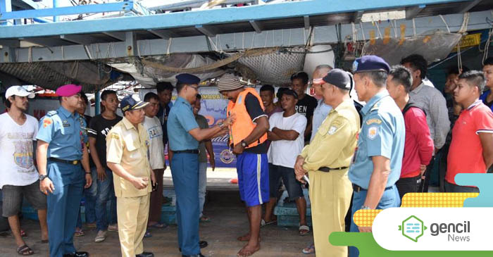Lantamal XII Laksanakan Sosialisasi Kepada Para Nelayan Pontianak Kalimantan Barat