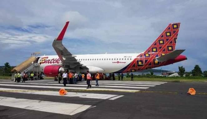 Batik Air Terperosok di Bandara Rendani Manokwari Papua