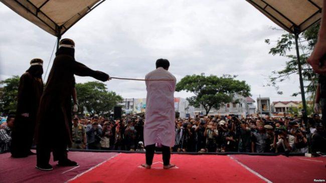 Wacana Pancung dan Penerapan Syariat Islam di Aceh