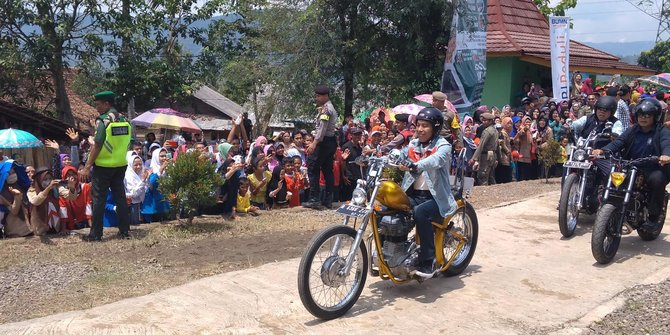 Naik Chopper, Jokowi Makin Keren Aja