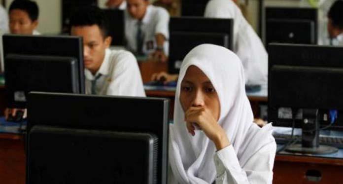 Tinjau Pelaksaan UNBK, Ini Harapan Pj Gubernur Kalbar