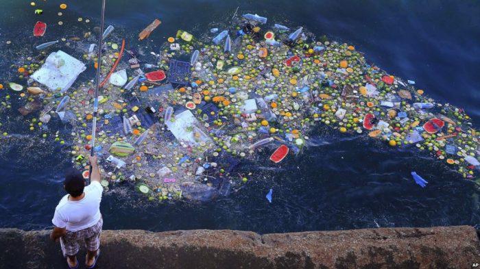 """Laut Tengah bisa menjadi """"laut plastik"""""""