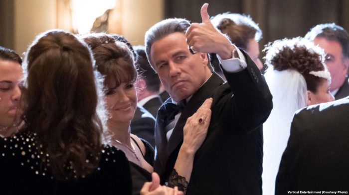 John Travolta dan Istri Main Bareng di film Mafia Gotti