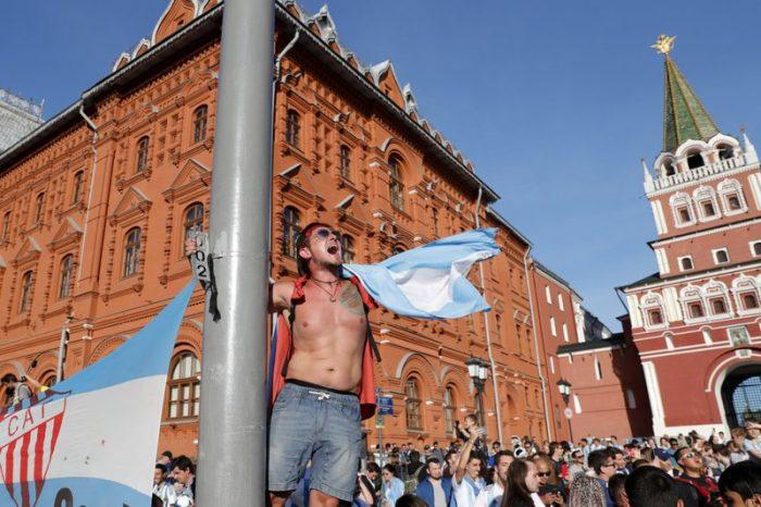 Suporter Kesal Adanya Larangan ke Lapangan Merah Rusia