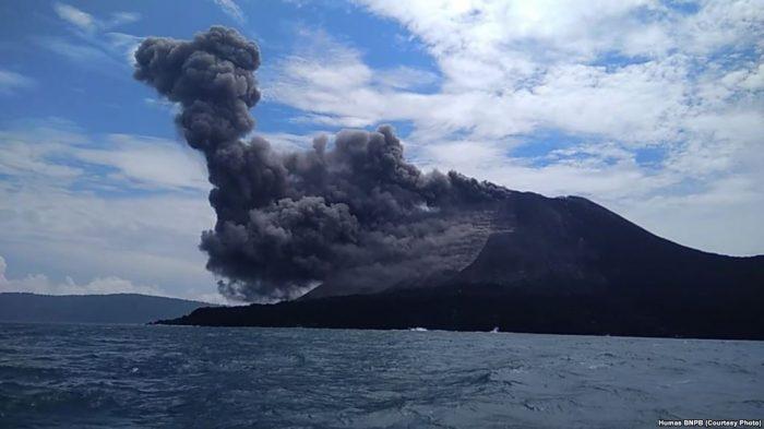 Anak Krakatau Erupsi, Penerbangan dan Pelayaran  Aman