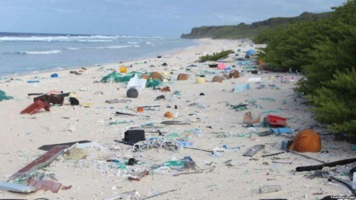 Polusi Partikel Plastik dan Bahan Kimia Terdeteksi Di Antartika