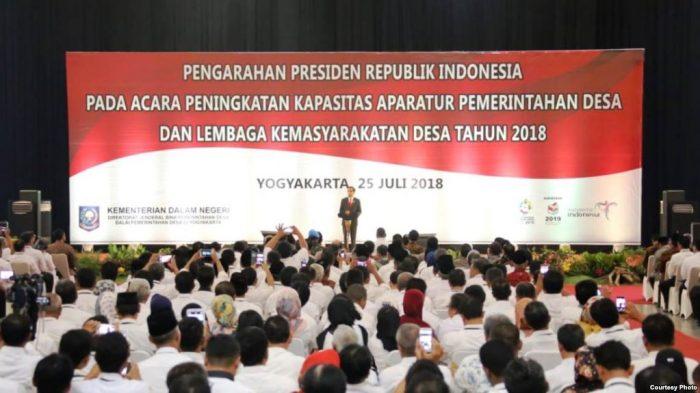 Jokowi minta Kementerian Keuangan Sederhanakan Laporan dari Desa