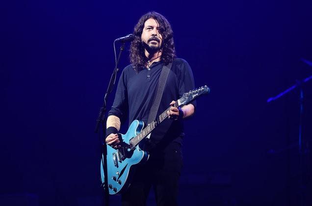 """Dave Grohl: """" Aku Ogah Dengerin Lagu Pasca Kematian Kurt Cobain"""""""