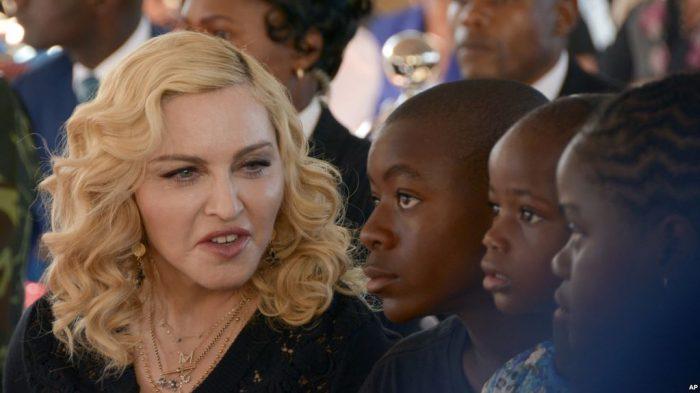 Madonna Rayakan Ulang Tahun ke 60