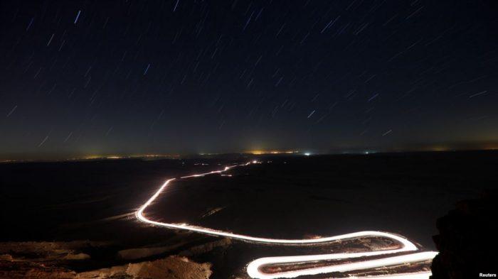 Hujan Meteor di Padang Pasir Israel