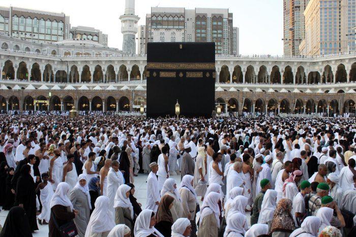 2.225 CJH Kalbar Telah Berangkat Menuju Tanah Suci