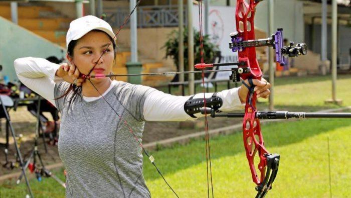 Atlet Panahan Indonesia Dellie Threesyadinda, Bikin Gagal Fokus