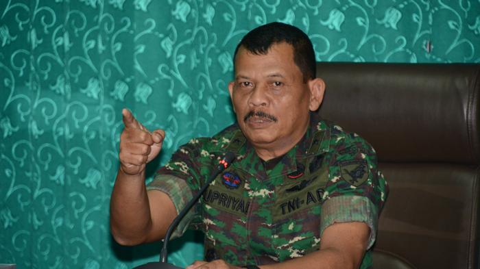 2300 TNI Atasi Karhutla di Kalbar