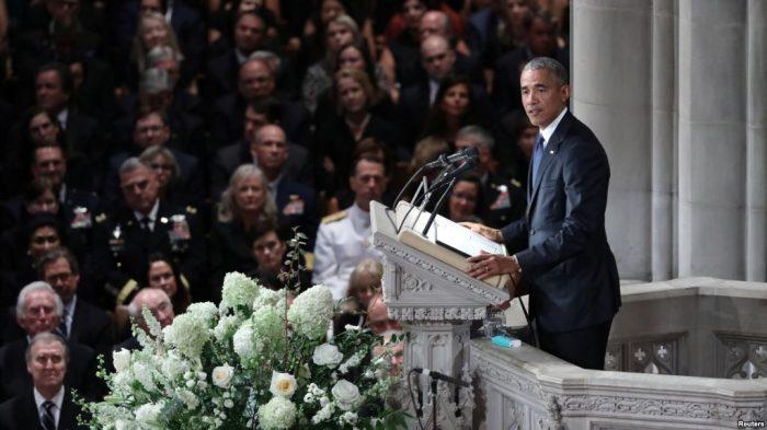 Obama Kecam Politik AS dalam Pidato di Pemakaman McCain