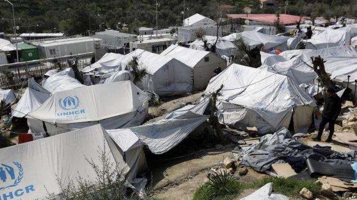 Ratusan Pencari Suaka Dipindahkan dari Kamp Migran di Yunani