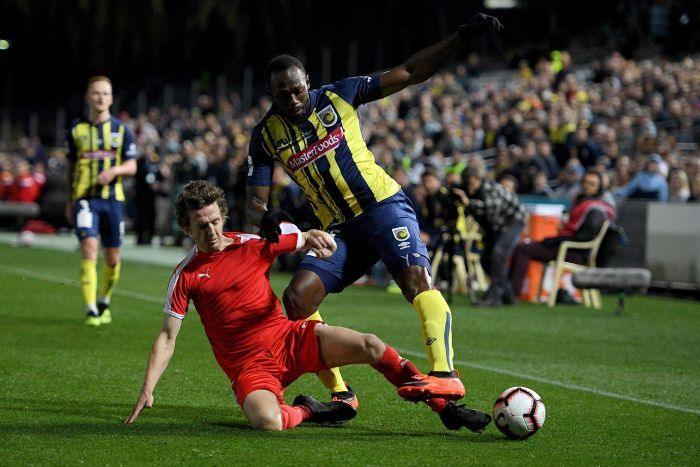 Usain Bolt Ditawarkan Kontrak Permanen Klub Sepak Bola Australia