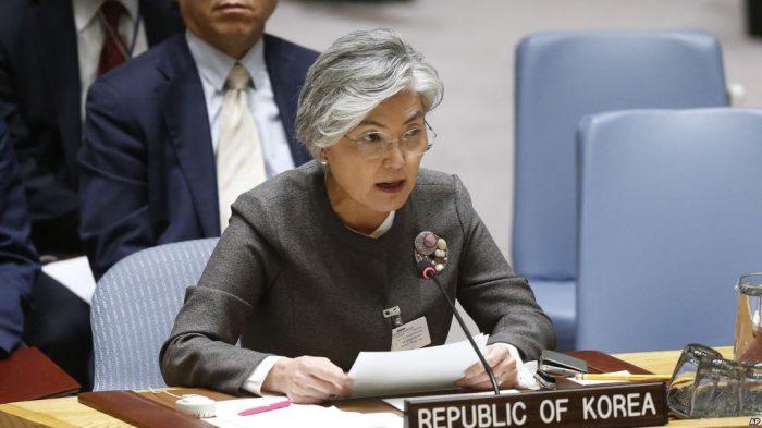 Korea Selatan Pertimbangkan Cabut Sanksi Dari Korea Utara