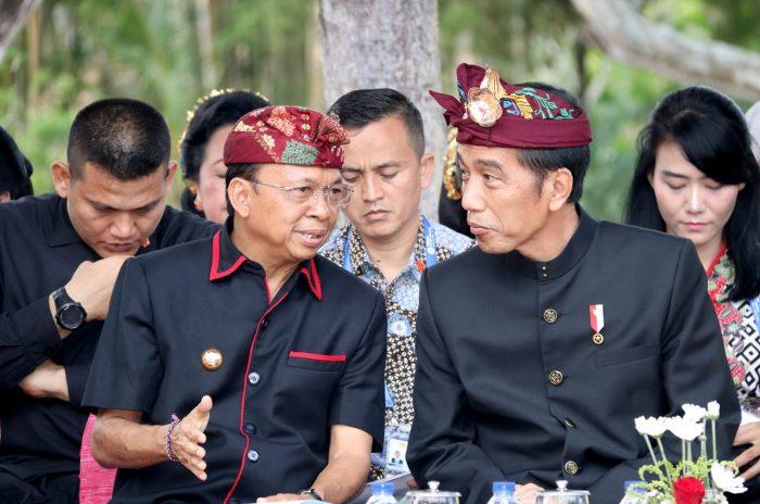 Presiden Jokowi Saksikan Karnaval Kebudayaan IMF-WB 2018