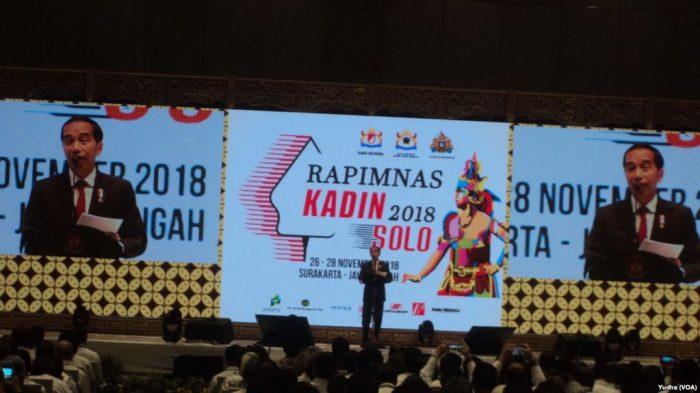 Presiden Jokowi dan KADIN, DNI Paket Ekonomi 16 Jadi Kontroversi