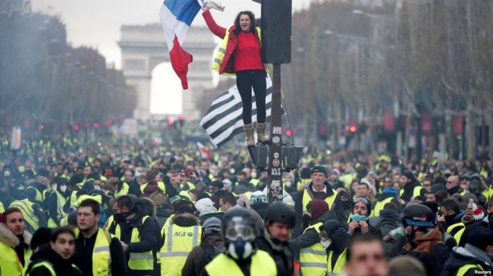 Bisnis di Paris Evaluasi Kerugian Pasca Demo BBM Yang Berakhir Ricuh