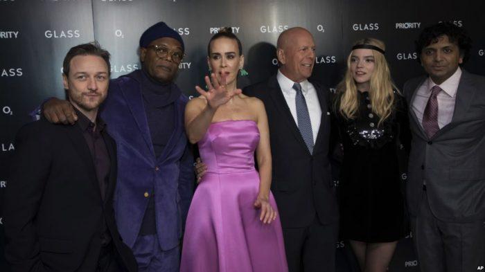 Film 'Glass' Nomor 1 Box Office Torehkan $40,6 Juta