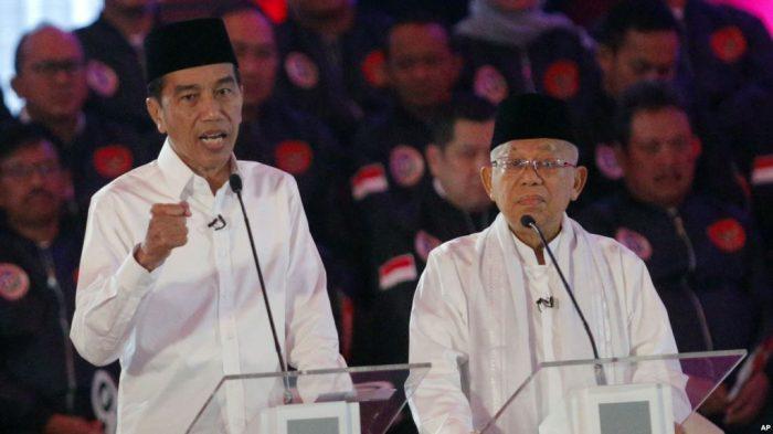 Jokowi Janji Mengurangi Pajak Penghasilan Perusahan