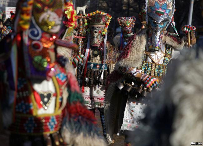 Karnaval Surva festival topeng tertua di negara Balkan