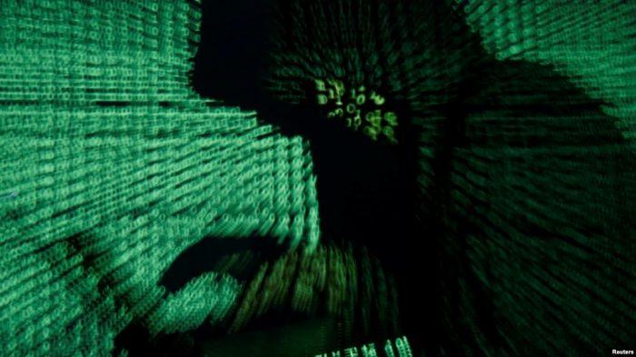 5 Wartawan Perancis Diskors karena Terlibat Cyberbullying