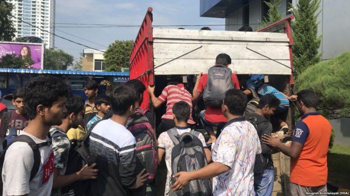 Ratusan WNA Asal Bangladesh Diamankan