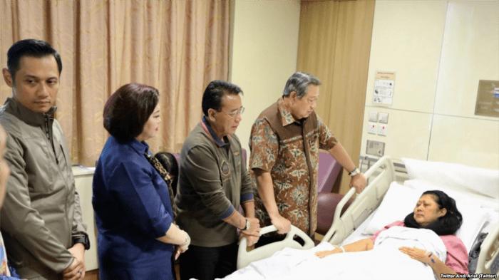 SBY Berikan Keterangan Resmi Kondisi Yang Dialami Ibu Ani