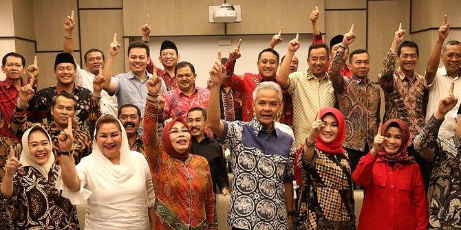 Kepala Daerah di Jawa Tengah Deklarasi Dukung Salah Satu Paslon