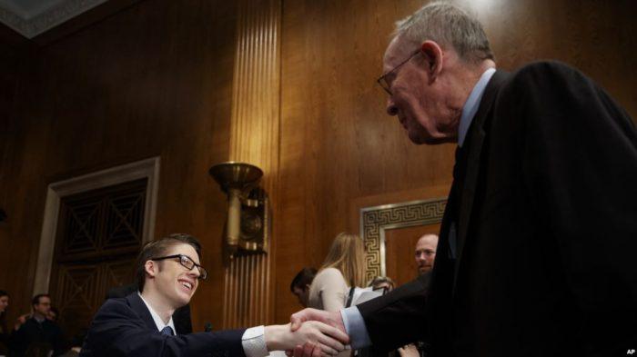 Ethan Lindenberger Remaja 18 Tahun Menjadi Bintang di Senat
