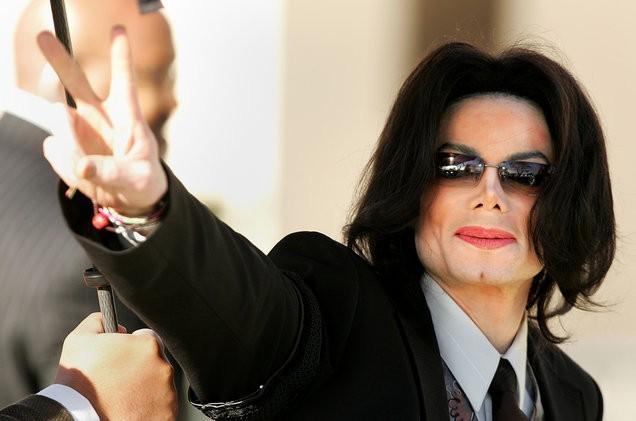 Tiga Radio di Kanada Stop Pemutaran Lagu dari Michael Jackson