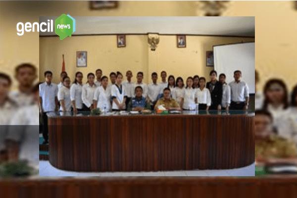 Bupati Bengkayang Serahkan SK Kepada 500 Guru Honorer