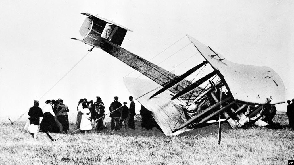 Mengenang Satu Abad Penerbangan Trans-Atlantik Pertama di Dunia