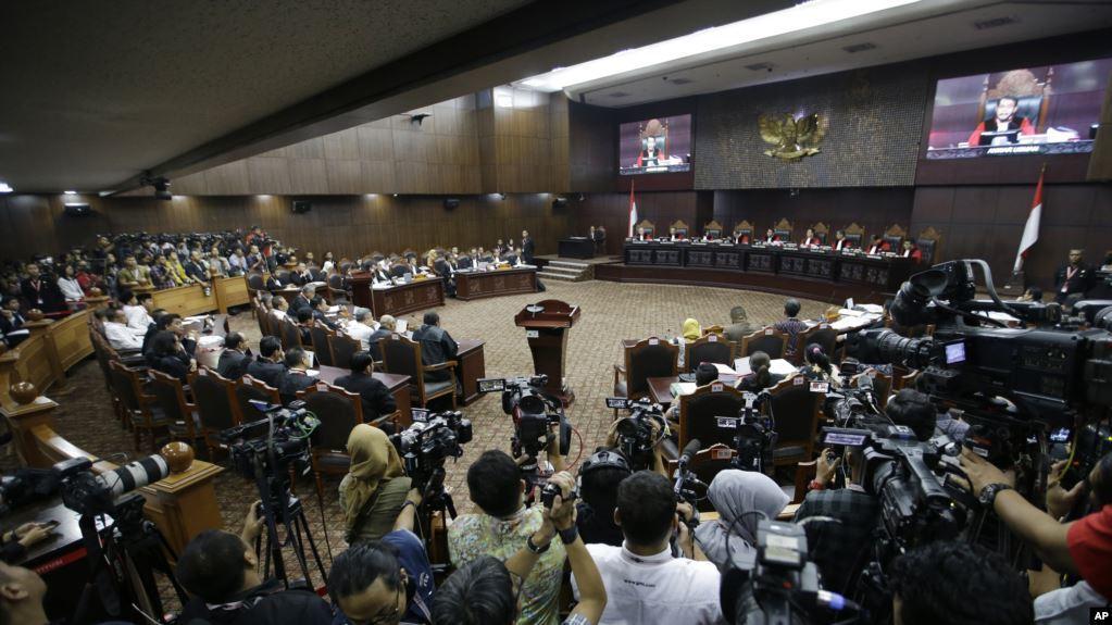 MK Memutuskan Menolak Gugatan Hasil Pemilu Presiden 2019