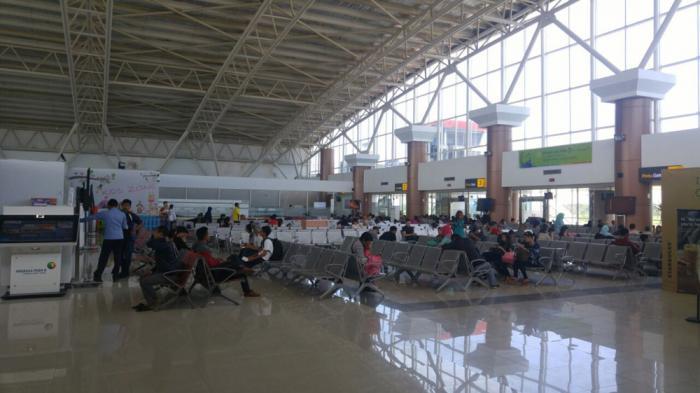 Tiket  Pesawat Mahal, Bandara Supadio Sepi