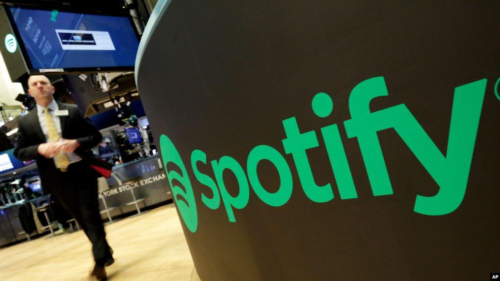 Spotify Buat Daftar Lagu untuk Anjing yang Ditinggal di Rumah