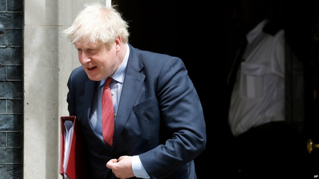 Perdana Menteri Boris Johnson Serukan Rakyat Inggris Diet