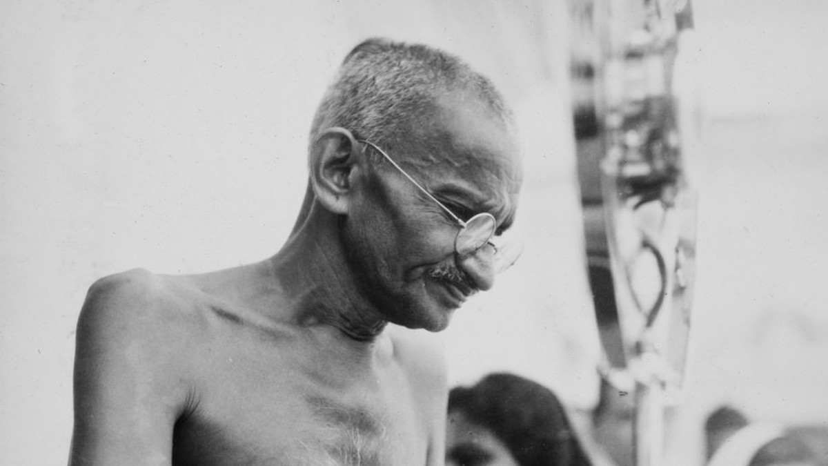 Kacamata Mahatma Gandhi Dilelang, Terjual Senilai Rp 5 Miliar