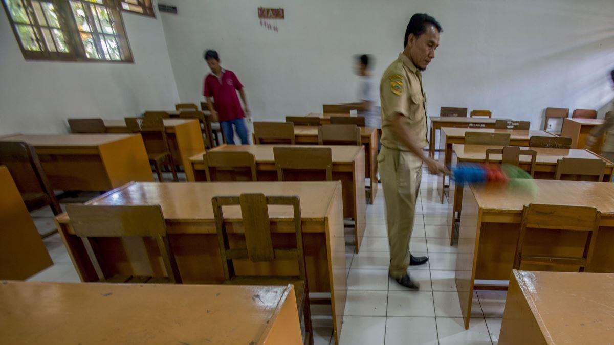 Pemda Wajib Tutup Sekolah Jika Risiko Penyebaran Covid-19 Kembali Tinggi
