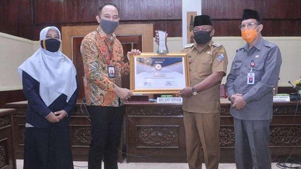 Pemkab Mempawah Raih Penghargaan dari BPS Kalbar