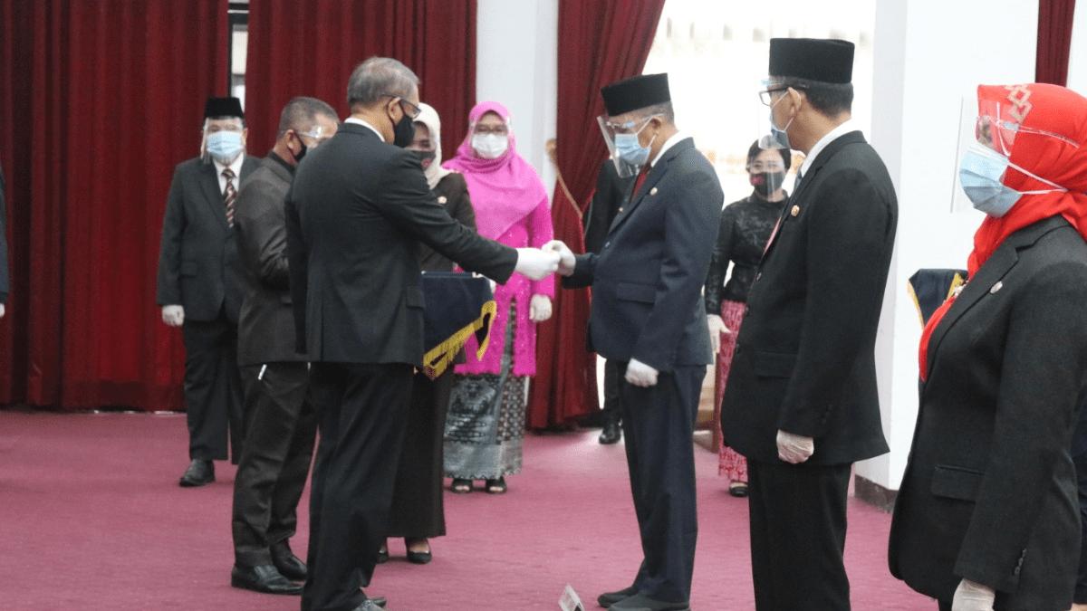 Gubernur Lantik Empat Pejabat Sementara Bupati