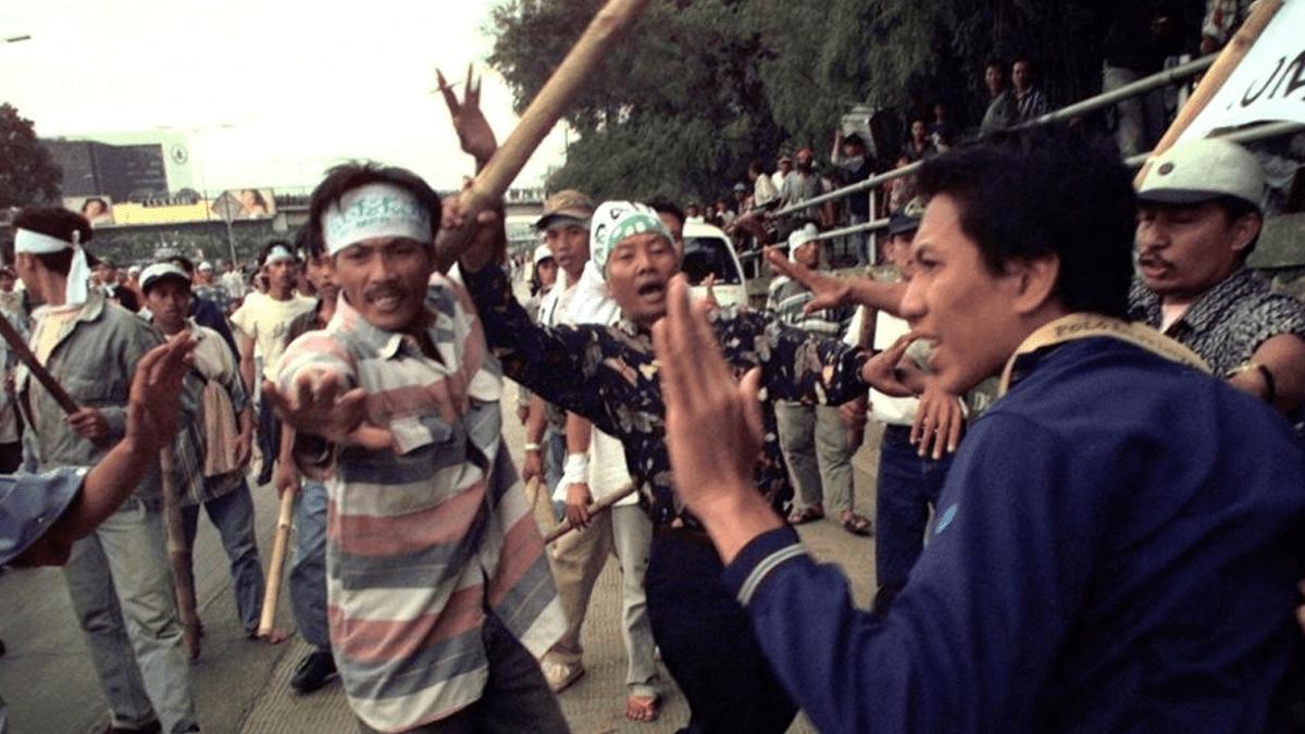 KontraS: Pam Swakarsa Ingatkan Memori Buruk Tahun 1998