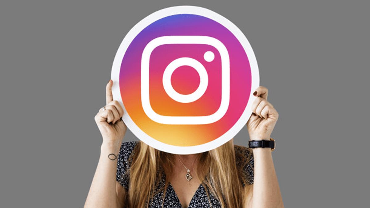 Sejumlah Selebriti Ikut Bekukan Instagram