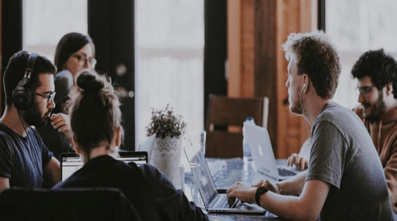 Menyoroti Perkembangan Bisnis Milenial Yang Beralih Ke Platform Digital