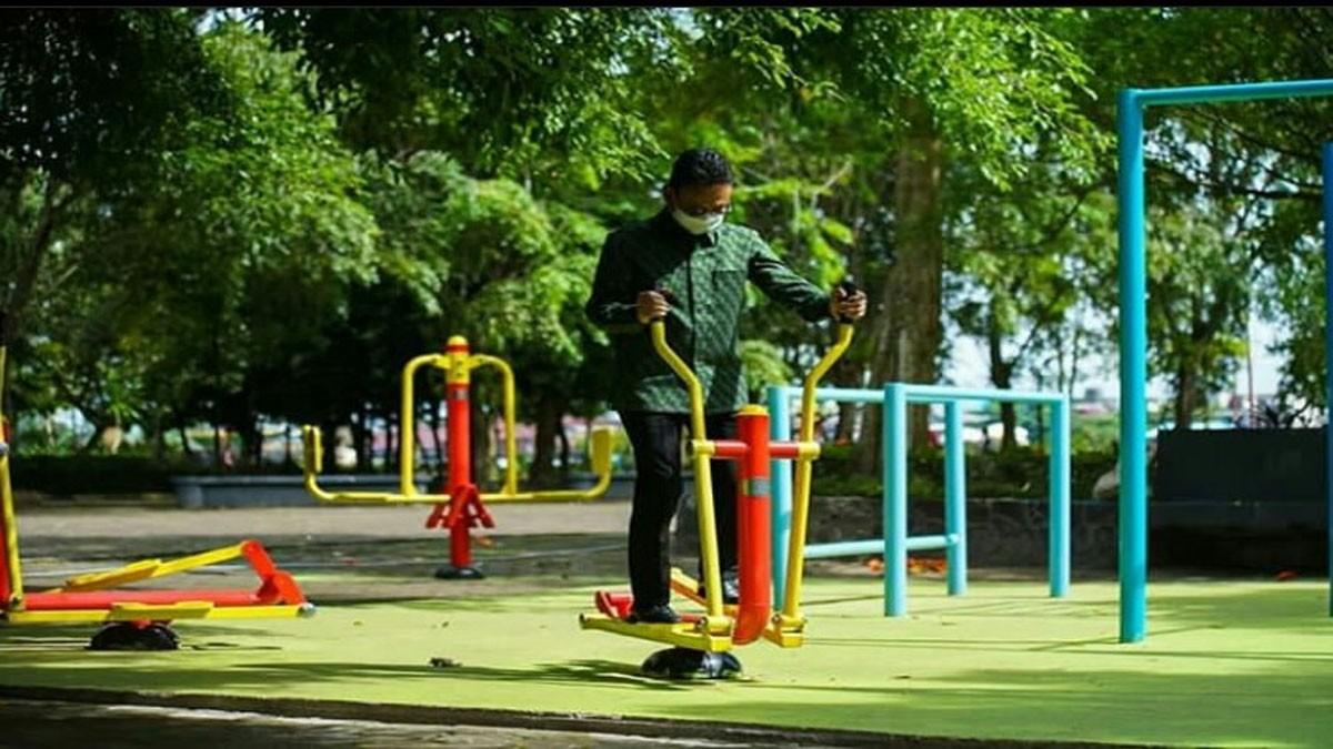 Pemkot Sediakan Fasilitas Olahraga Di Taman Alun-Alun Kapuas