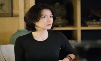 Lee Young Ae Si Dae Jang Geum yang makin glowing di usia 49 Tahun