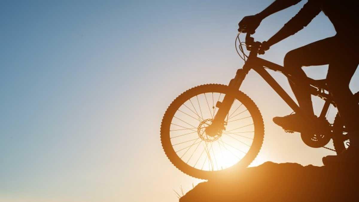 Bersepeda Olahraga Yang Cocok Untuk Penderita Nyeri Sendi