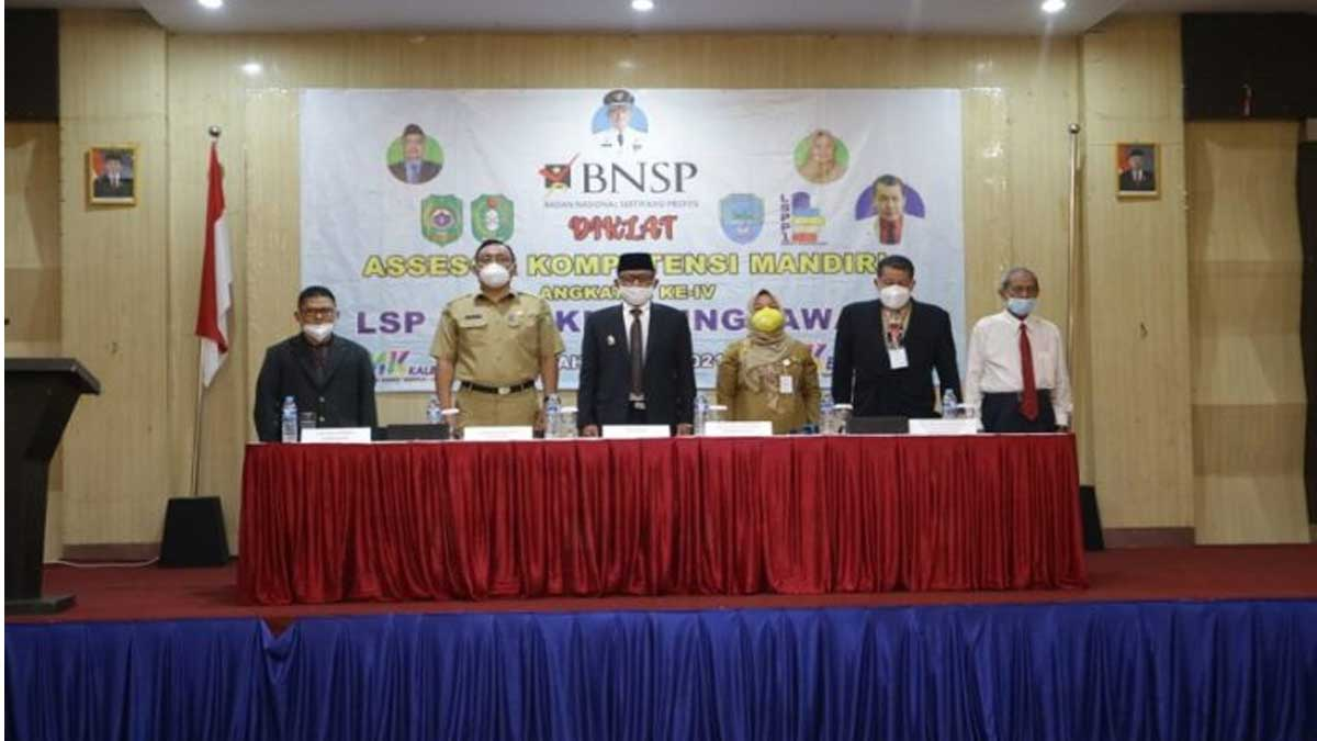 LSP-P1 Singkawang Ciptakan Tenaga Pendidikan Produktif Dan Inovatif